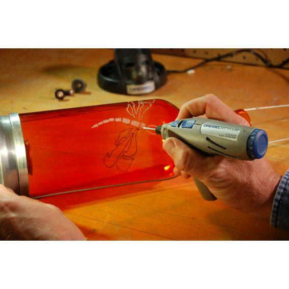 Atelier de gravura pe sticla