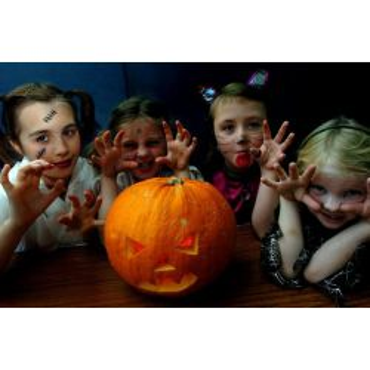 Mai multe despre Excursie de Halloween la Doftana