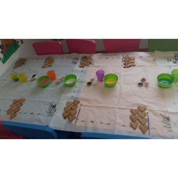 Atelier de decorat turta dulce
