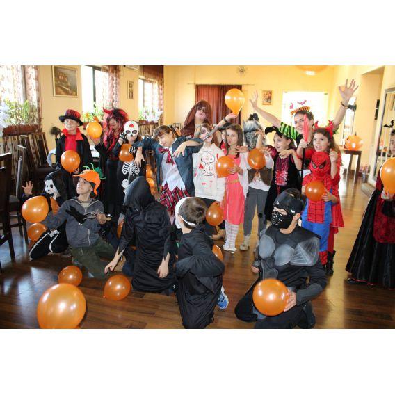 Excursie de Halloween pentru gimnaziu si liceu